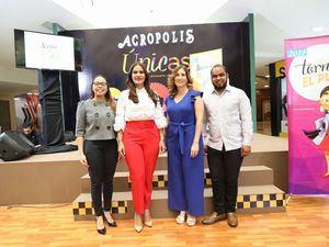 Melissa Hernández, Michelle Ortiz Lopez, Rosario Arostegui y Alan Fernández.