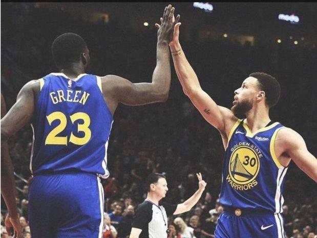 Warriors ponen contra la pared a los Trail Blazers en playoffs de la NBA