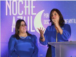 Jacqueline Herrera de Álvarez y Monika Despradel.