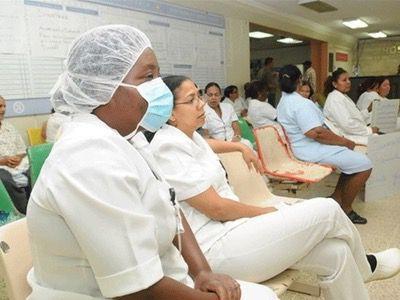 Enfermeras convocan paro de 8 horas para este martes en hospitales del país