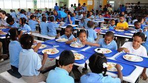 El Ministerio de Educación (Minerd) profundiza la optimización de la Jornada Escolar de Tanda Extendida, tanto respecto al compromiso de mejorar el proceso enseñanza-aprendizaje, como de garantizar el componente de la alimentación y otros servicios sociales a los estudiantes.