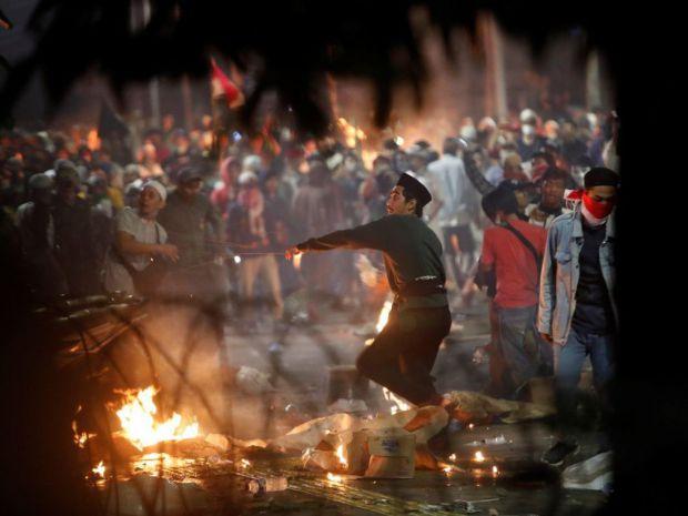 Se elevan a 257 los detenidos en Indonesia tras segunda noche de disturbios