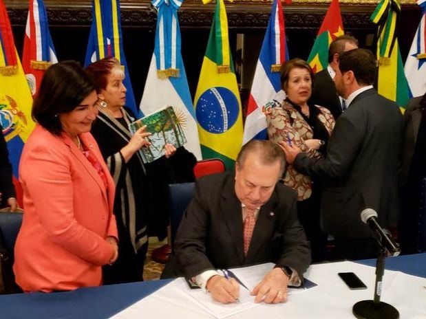 Ministros de Cultura de América Latina y el Caribe acuerdan dar mayor impulso a las redes de bibliotecas