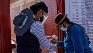Perú presenta la mayor disminución de muertes por covid-19 en Latinoamérica.