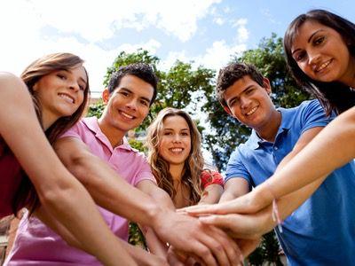 Lanzan iniciativa para empoderar a 165 millones de adolescentes y jóvenes en ALC