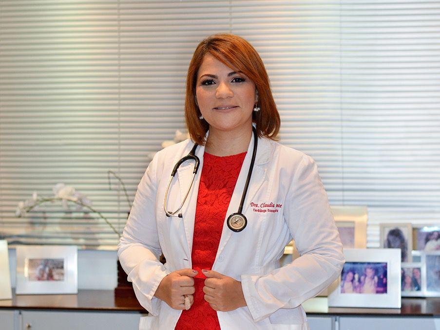 Presidenta de la Sociedad Dominicana de Cardiología Claudia Almonte opina sobre los factores que inciden en las muertes de varios turistas estadounidenses.