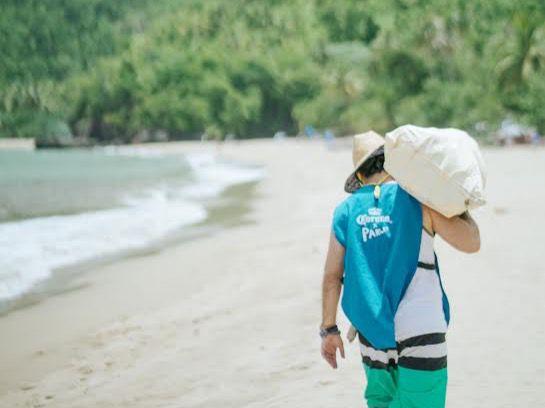 Cerveza Corona protege playas dominicanas