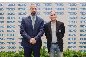 El presidente y vicepresidente de Techo, Miguel Cunillera y Dennis Simó.
