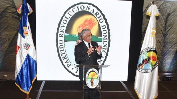 Presidente del Partido Revolucionario Dominicano, PRD, Miguel Vargas, anunció el apoyo de los legisladores de esa organización política a un eventual proyecto de reforma constitucional.