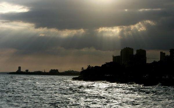 Pronostican cielo medio nublado y escasas lluvias