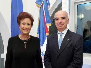 Dra. Florinda Rojas directora ejecutiva INM RD y Gianluca Grippa embajador Unión Europea.