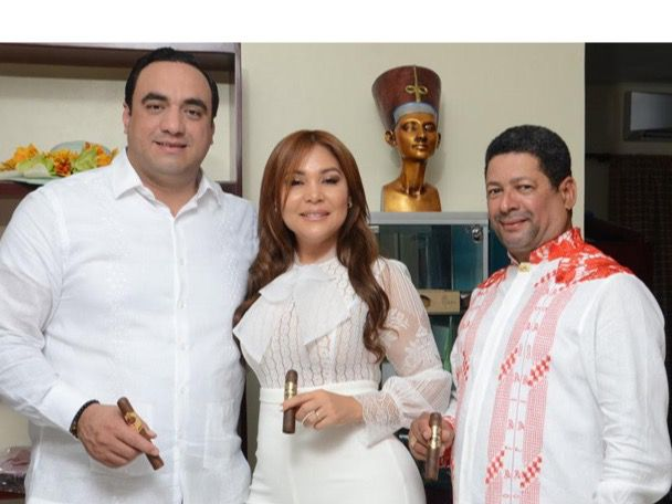 Chacabanas Faraón ofrece coctel en nuevo local