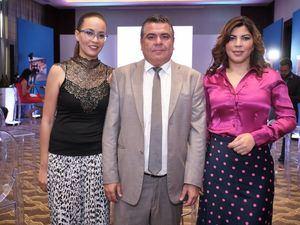 Haydee Ramírez, Dusan Piña y Nereyde De Brache.