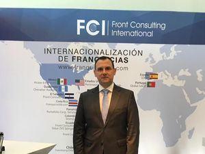 Simón Planas, Director de Front Consulting RD.