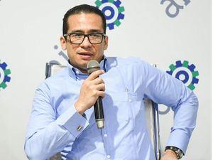Víctor Catedral, director de Formación y Empleo de Central Romana Corporation.