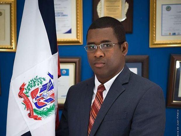 Titular de la Procuraduría Fiscal de Barahona, Yvan Ariel Gómez Rubio.