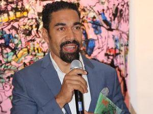 El artista dominicano Oscar Abreu.