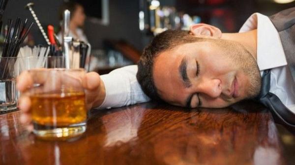 OMS: El consumo de alcohol provoca una de cada veinte muertes en el mundo