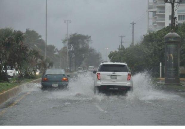 Las lluvias causan la alerta en 21 provincias; hay 10 acueductos colapsados