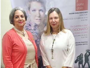 Carmen Rita Malagón de  Moya y Margarita Miranda Mitrov.