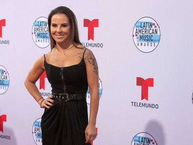 La actriz mexicana Kate del Castillo a su llegada a los Latin American Music Awards 2019.