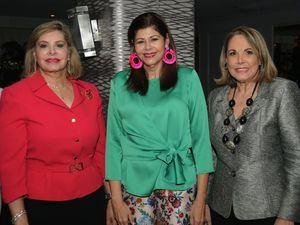 Edita Castillo, Mercedes Peynado y Yadira Morel.