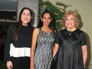 Ida de la Maza, Rosa Arredondo y Velkys Zouain de Castaños.