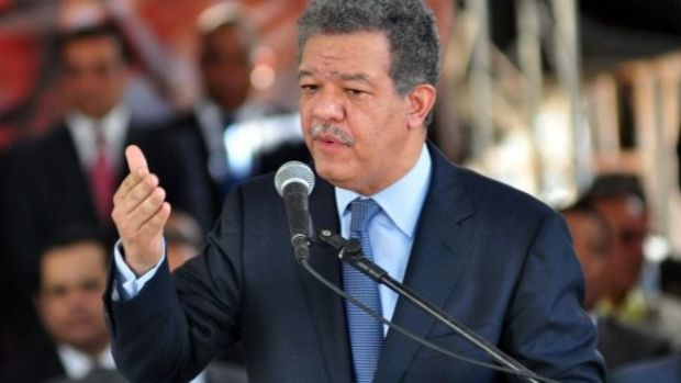 Expresidente Leonel Fernández anuncia su salida del PLD