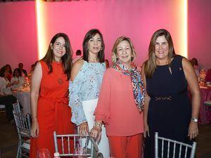 Claudine Lovaton, Margarita Simó, Julia De Simó y Sandra Morales.