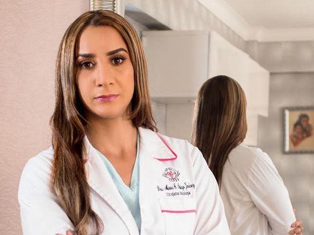 Cirujana oncóloga Mirna Santiago.