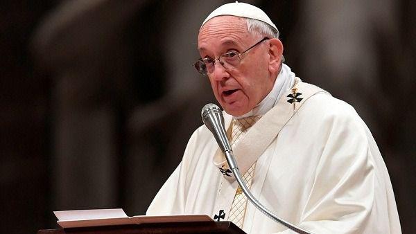 El papa pide escuchar el grito de los iraquíes que piden una vida pacífica