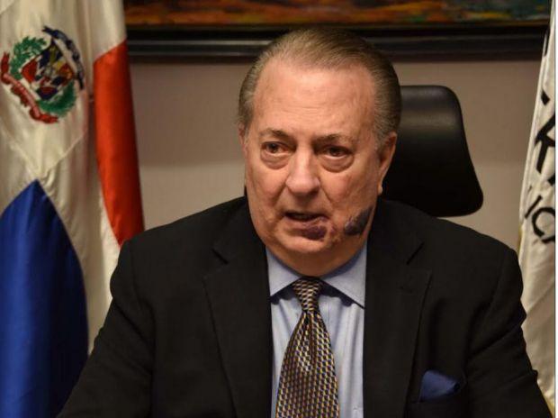 Ministro Eduardo Selman expresa condolencias por el deceso del padre del presidente Danilo Medina