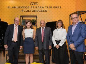 Enrique García, Carla Frías, Avelino Abreu, Milagros Abreu y George González.