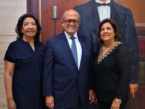 Leida Piña, José Silié Ruiz y Raisa Robles.