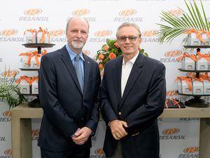 Marco Celi (COO Resansil RD) & José Peña.