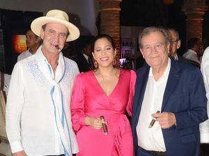 Litto Gómez, Nirka Reyes y Hendrick Kelner.