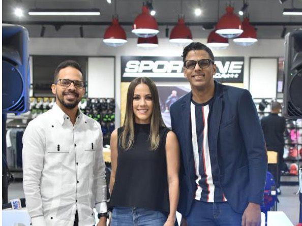 Eddy Mercedes, Karina Larrauri y Willy Aquino.