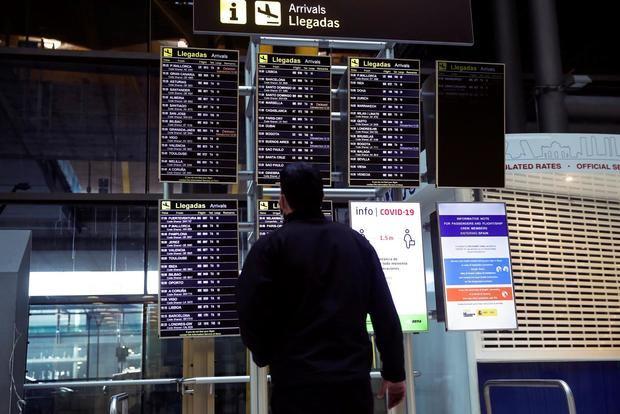 España mantiene cuarentena a 12 países, entre ellos Brasil, Colombia y Perú