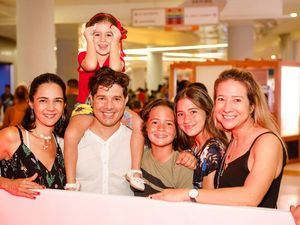 Liliana Ortiz, César Amaris, Salome Amaris, Ana Teresa Amaris, Paulina Forero y Sebastian Forero.