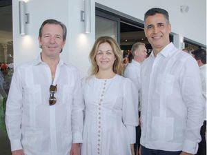 Pepe Fanjul Jr. Lourdes Fanjul y Andrés Pichardo Rosenberg.