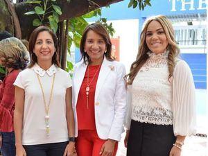 Sandra Tejeda, Zoraima Cuello y Carmen Minaya.