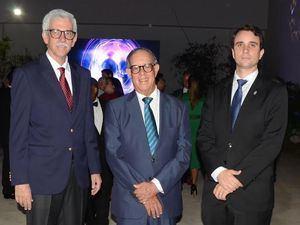 Víctor Macarulla, José Albulquerque y David Leugedo Torre.