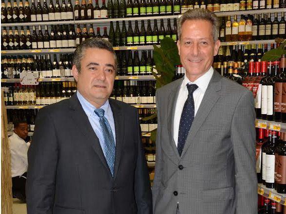 Hipermercado Carrefour inaugura XIX Edición de su Feria de Vinos