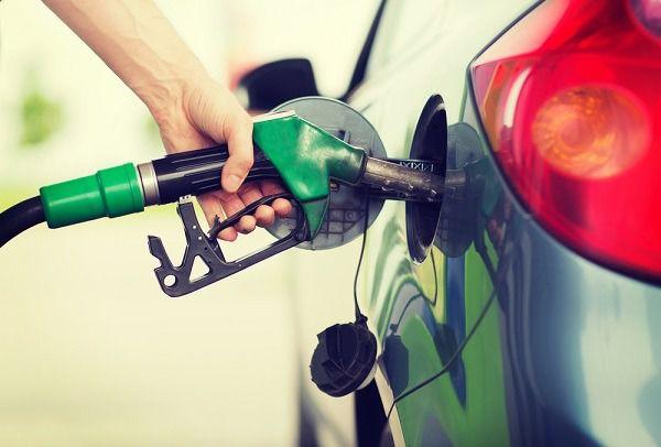 Suben precios de combustibles