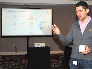 El vicepresidente de Seguridad Cibernética e Inteligencia de Mastercard en Latinoamérica y el Caribe, Jorge Arbesú Cardona, habla durante una mesa redonda en el marco del Foro para Latinoamérica y el Caribe (LAC) de Mastercard celebrado este martes, en Miami (Estados Unidos).