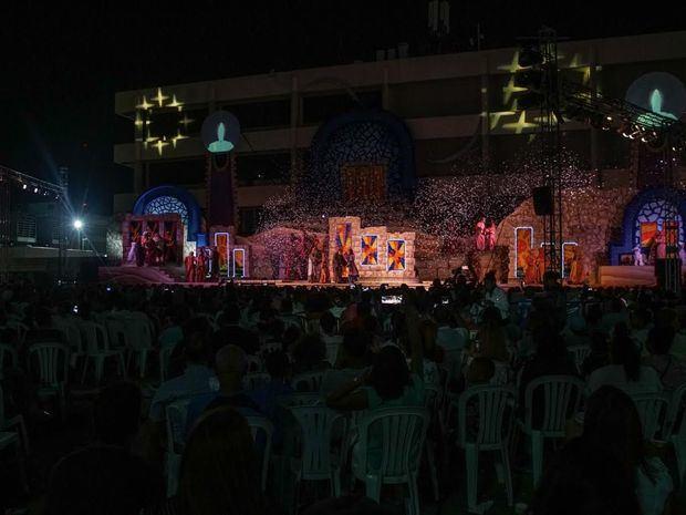 Este evento gratuito reúne a miles de personas en la plazoleta de la Torre Popular.