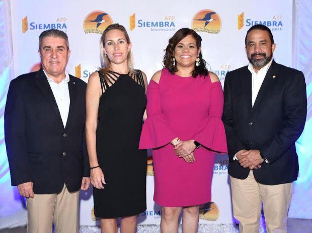 AFP Siembra y Clúster Turístico de La Romana - Bayahibe realizaron Cóctel Navideño