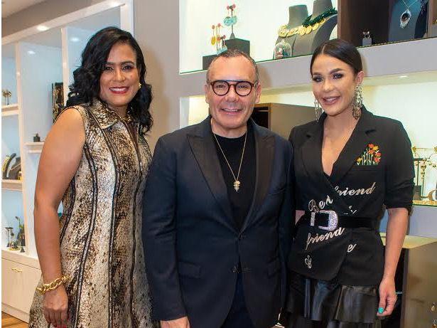 Daniel Espinosa Jewelry inaugura tienda en Blue Mall