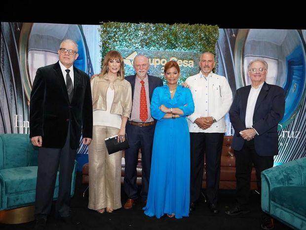 Angel Ricardo River, Milagros Germán, Carlos Fernández, Emely Cruz, Juan Manuel Castillo Y Gustavo Moré