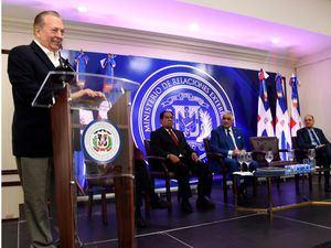 El ministro de Cultura, Arq. Eduardo Selman.